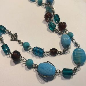 Jewelry - Blue Chunky Beaded Necklace